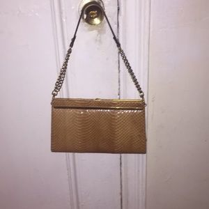 Vintage 1970s Crocodile Clutch Tan w Gold